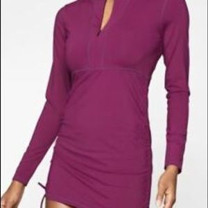 Athleta Long Sleeve Ruched Side Rash guard Purple
